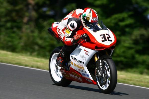 Ducati dominiert Rennwochenende auf dem Schleizer Dreieck