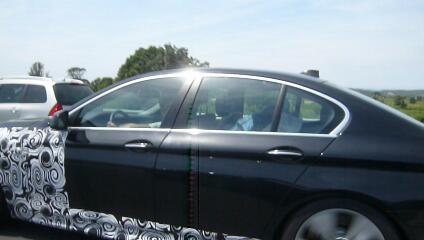 Erwischt: BMW 5er M Erlkönig – In Geschwaderfahrt nach Spanien