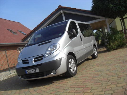 Fahrbericht Nissan Primastar Kombi 2.5 dCi 150 Premium: Transporterseele im Pkw-Gewand