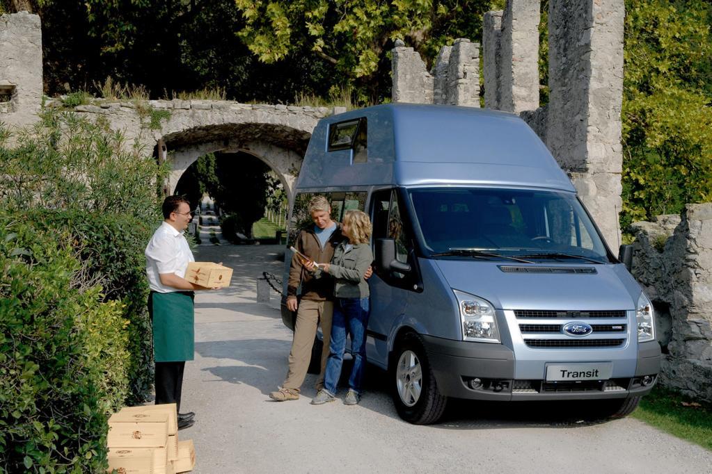 Ford zeigt auf dem Caravan Salon den neuen Transit Nugget.