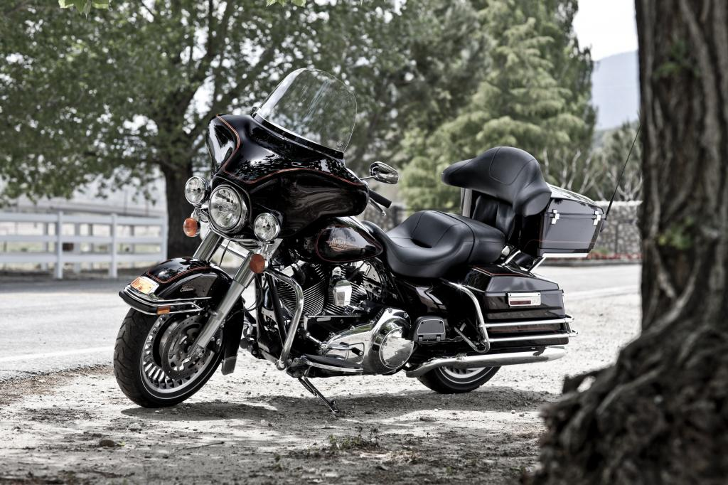Harley-Davidson Electra Glide Classic.
