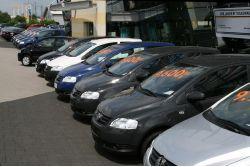 Internet: Bedeutendster Marktplatz für den Autokauf