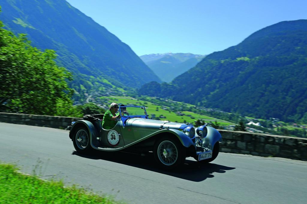 Jaguar wird 75 – und feiert auf dem Nürburgring