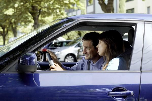 Kfz-Versicherung: Rabatte für Begleitetes Fahren