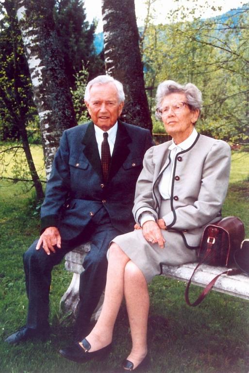 Louise Piëch mit ihrem Bruder Ferry Porsche, Bild von: Porsche Holding
