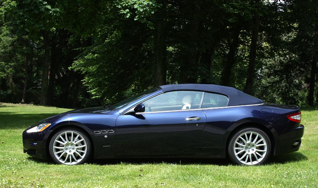 Maserati GranCabrio: Auch geschlossen macht der Italiener mit Textilverdeck eine gute Figur.