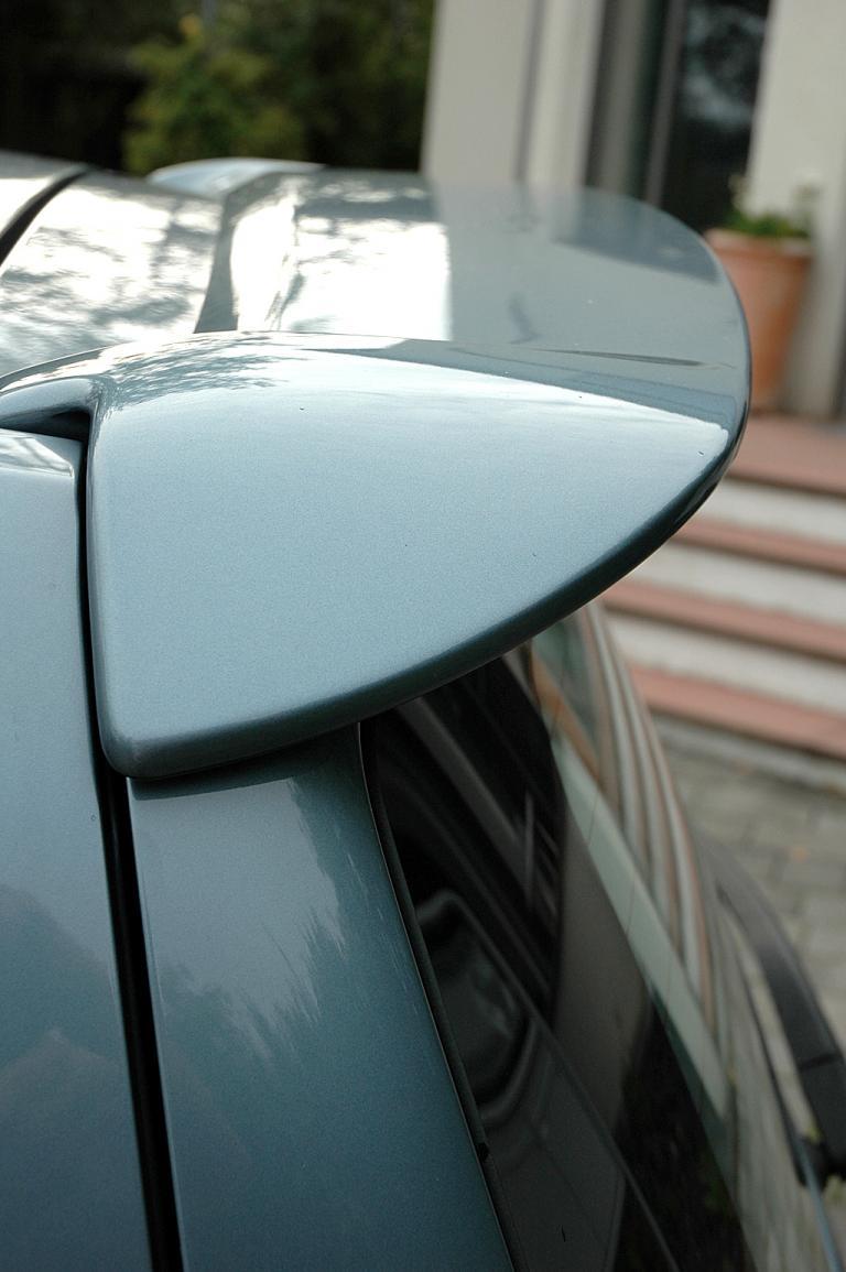 Mitsubishi Colt Autogas: Das Dach geht zum Heck hin in einen Spoiler an der Kante über.