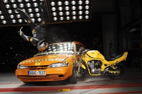 Motorrad: Airbag-Schutzkleidung noch nicht ausgereift