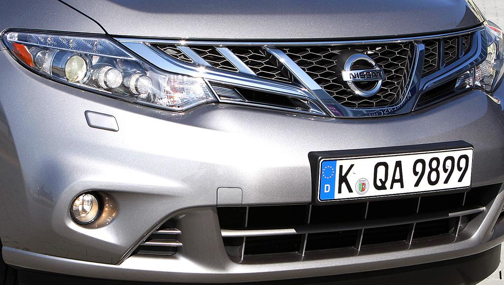 Nissan Murano Diesel: Blick auf die Frontpartie.
