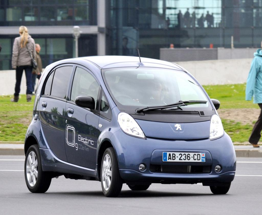 Nutzfahrzeug-IAA: E-Transporter und Branchenlösungen im Fokus von Peugeot