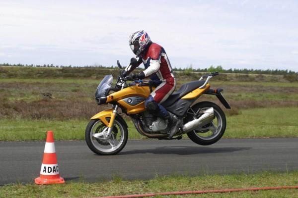 Ratgeber Motorrad: Richtig bremsen