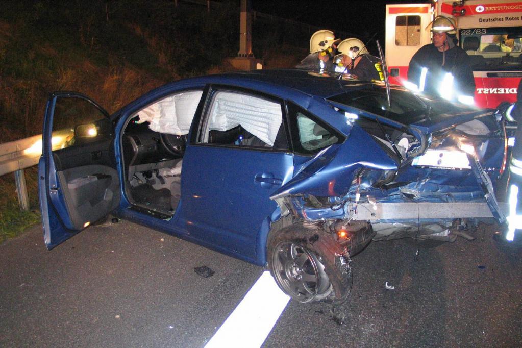 Rettungskräfte haben Probleme mit Hybrid- und Elektroautos
