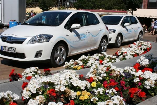 Schon mehr als 1500 Probefahrten mit dem Toyota Auris Hybrid