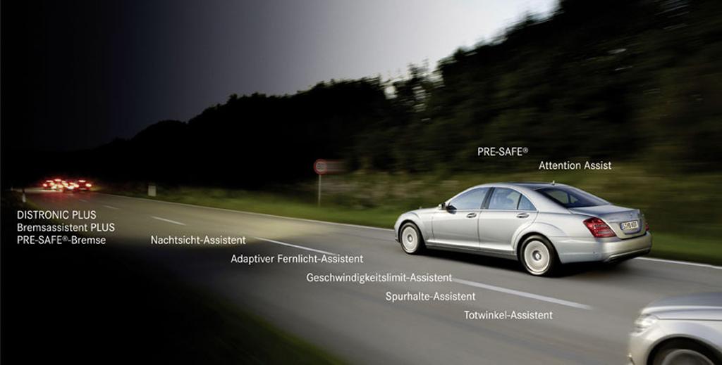 Sicher ist sicher: Eine Vielzahl von elektronischen Fahrer-Assistenzsystemen ist in der Mercedes-Oberklasse inzwischen verfügbar.