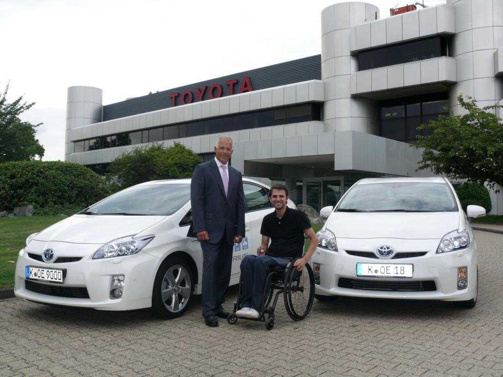 Toyota Shuttle-Service stellt Fahrzeuge für die Tetra Open Cologne 2010