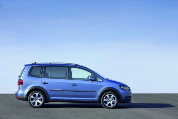 VW Cross-Touran ist ab morgen bestellbar