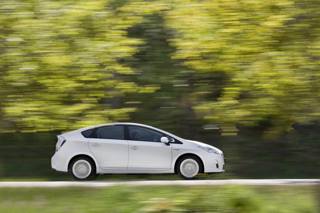 Viele Autoteile lassen sich wiederverwerten. Toyota beispielsweise strebt für Fahrzeuge wie den Prius eine Recyclingquote von 95 Prozent an.