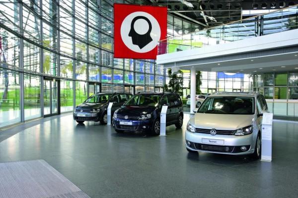 Volkswagen liefert erste neue Touran aus