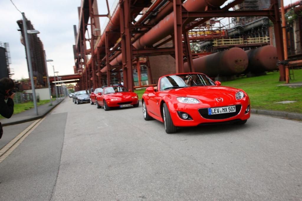 459 Mazda MX-5 nahmen an dem Rekordversuch teil