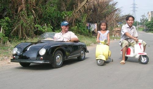 Bei den Harringtons gibt es jetzt nicht mehr nur Autos, sondern auch Roller