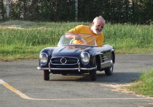 Bobbycars, die sogar Erwachsenen Spaß machen, die Childrens Cars von Harrington