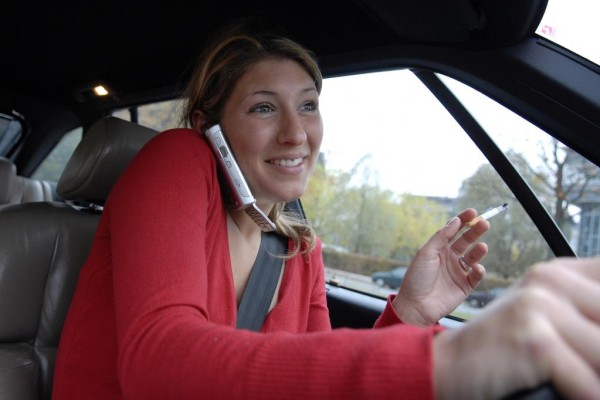 Den Fahrer übers Autokennzeichen kontaktieren