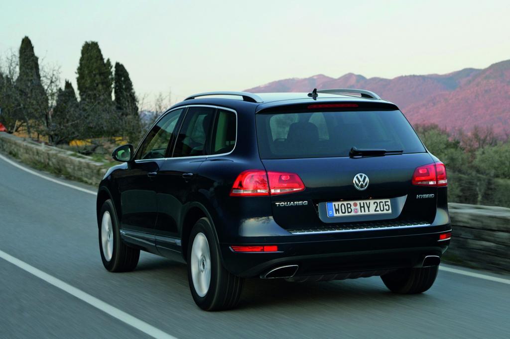 Der 3,0-Liter-V6-Benziner mit Kompressor leistet 245 kW/333 PS