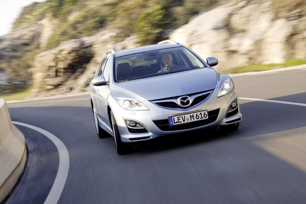Der Mazda6 ist ein klassischer Mittelklassekombi mit viel Platz.