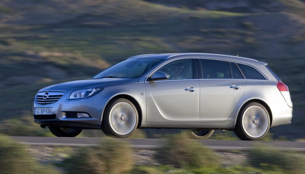 Der Opel Insignia ist mit 4,91 Metern Länge größer als die meisten Wettbewerber.