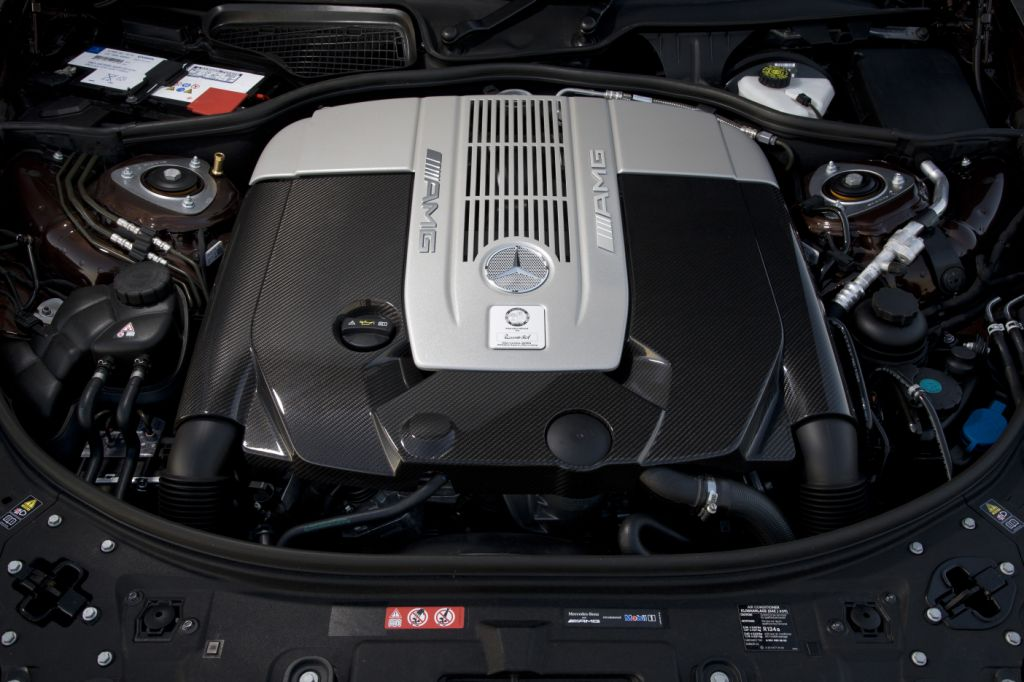 Der neue Mercedes Benz CL - Sparsamer HighEnd-Bolide mit bis zu 630 PS