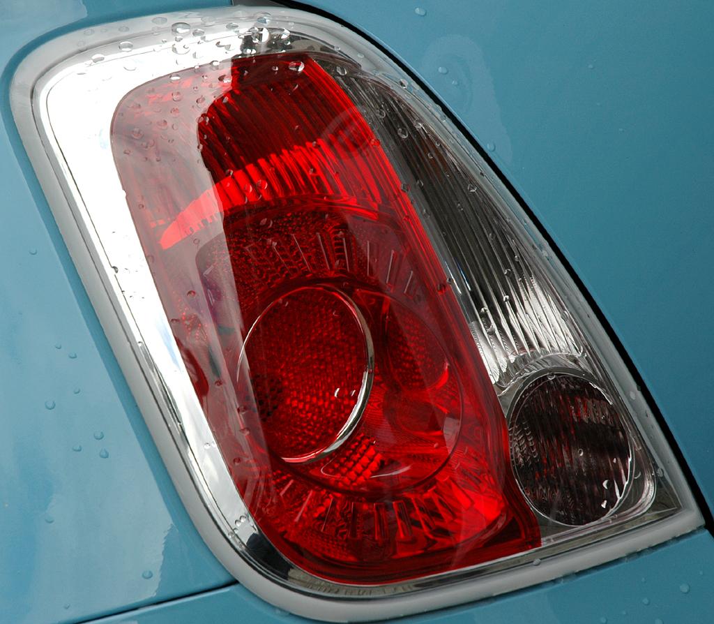 Fiat 500 TwinAir: Leuchteinheit hinten.