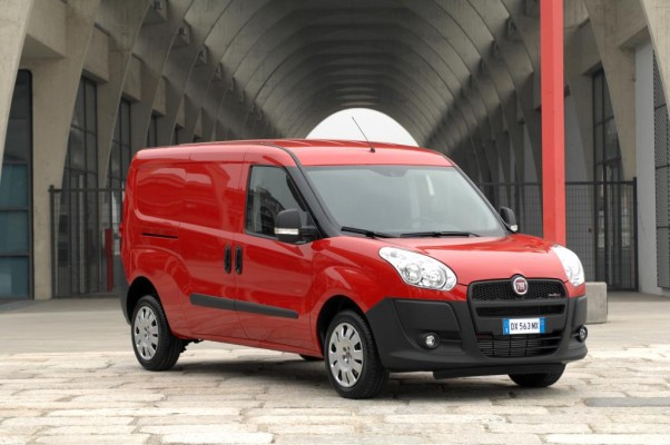 Fiat Doblo Cargo ist ''Van of the Year 2011''