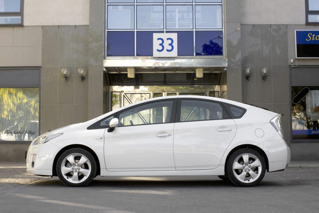 Hochspannung: Mit dem E-Auto in die Werkstatt