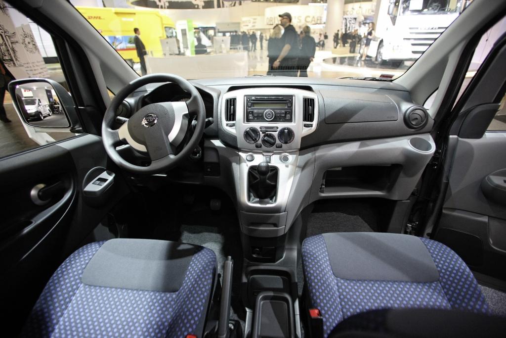 IAA Hannover: Neuer Nissan Interstar heißt NV 400