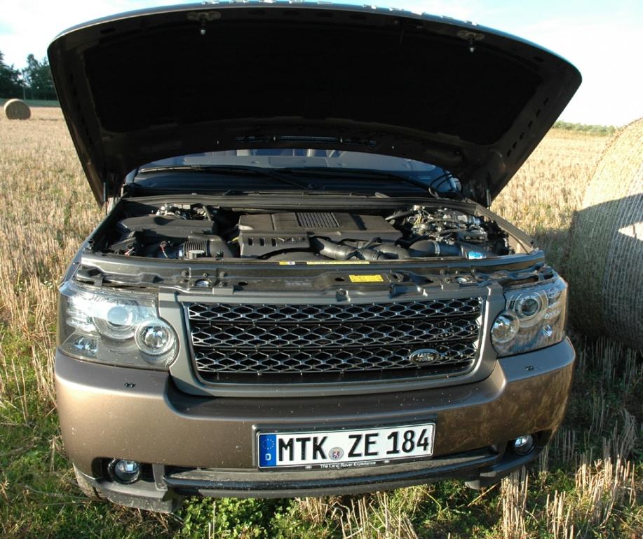 Land Rover Range Rover: Blick unter die Motorhaube.