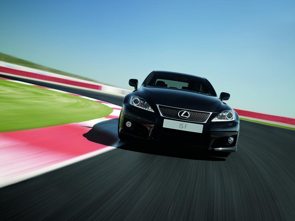 Lexus IS F: Alpenüberquerung im Sportwagen