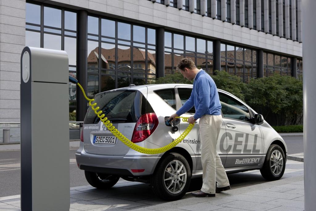 Mercedes A-Klasse E-CELL - Lieber Starkstrom laden