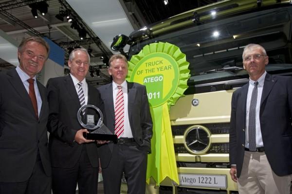 Mercedes-Benz Atego zum ''Truck of the Year 2011'' gewählt