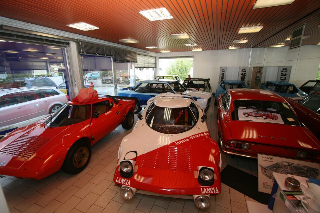 Neben Stratos hat der Besitzer noch andere Fahrzeuge im Fuhrpark