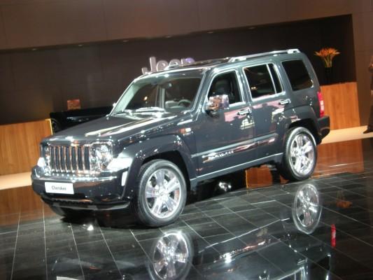 Paris 2010: Jeep stellt Grand Cherokee und neue Motoren vor