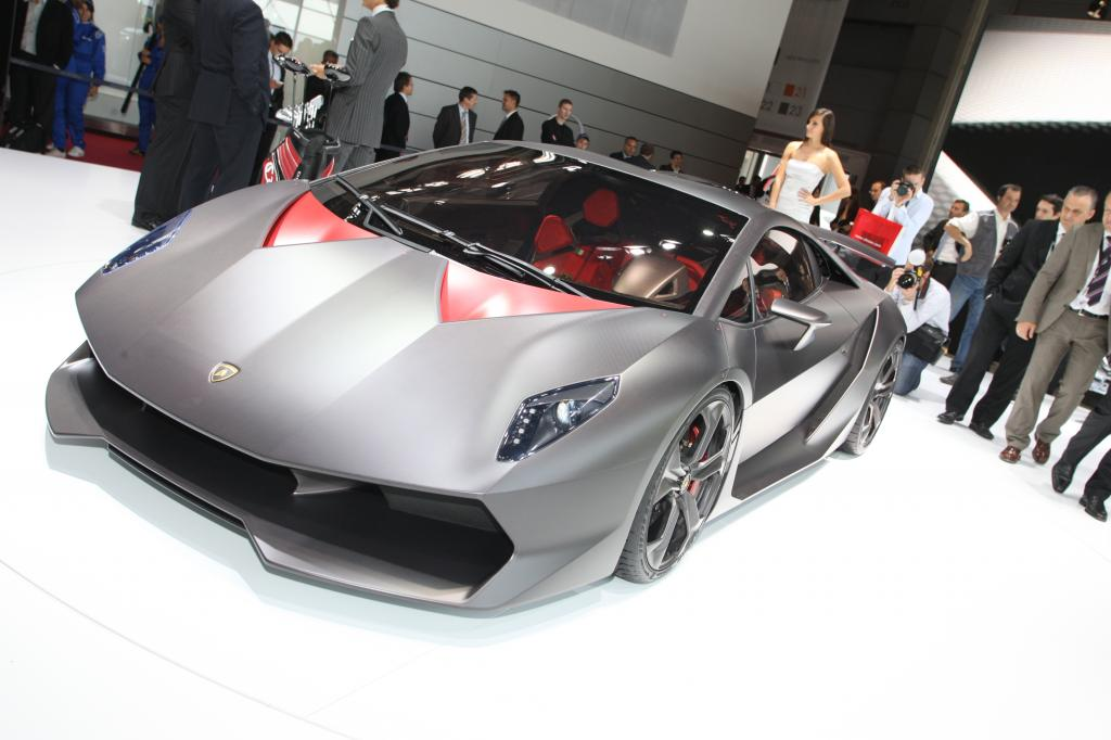 Paris 2010: Lamborghini drückt Gewicht unter 1000 Kilogramm