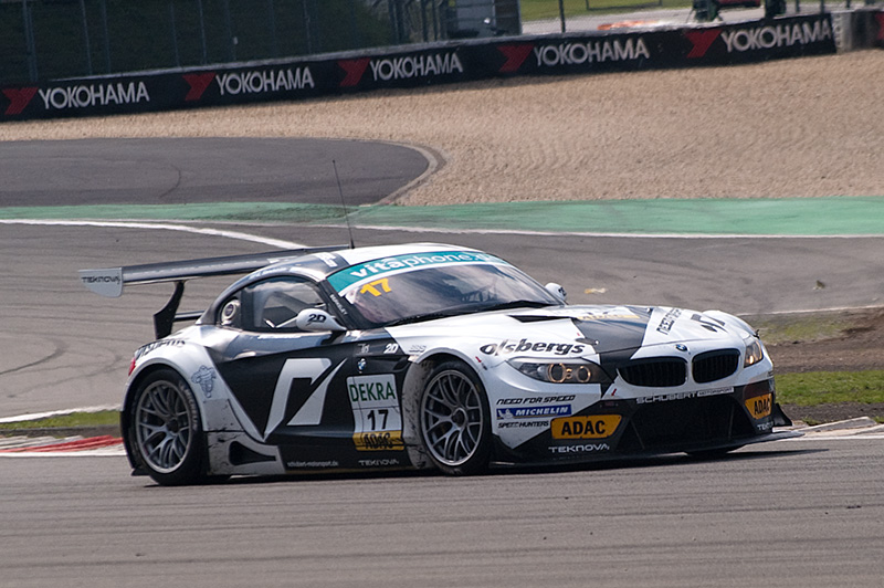 Perfektes Doppel für Matzke und Wirth am Nürburgring Titelkampf im ADAC GT Masters bleibt bis zum Finale offen