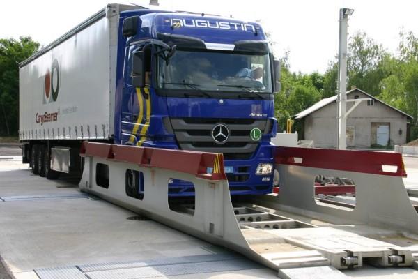 Pilotprojekt: ''Cargo Beamer'' soll Lkw das Bahnfahren beibringen