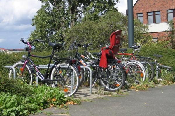 Radler finden kaum gute Fahrradparkplätze