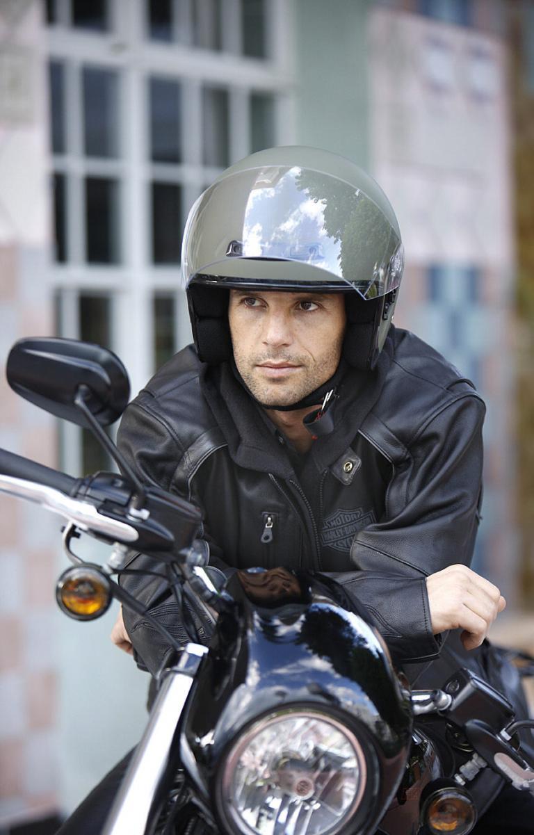 Ratgeber Motorrad: Kopfsache Helmpflege