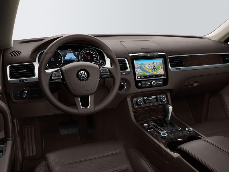 Test - VW Touareg Hybrid vs. Lexus RX 450h