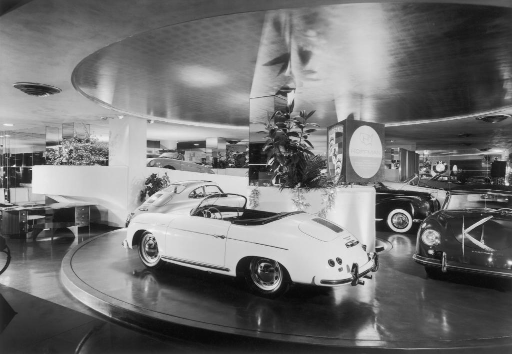 Ausstellungsräume der Hoffman Motor Car Company in der Park Avenue in New York (1954).