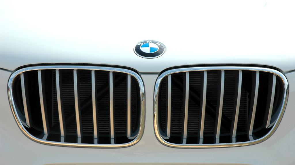 BMW X3: Die Kühlergrill-Niere ist noch markanter ausgeprägt.