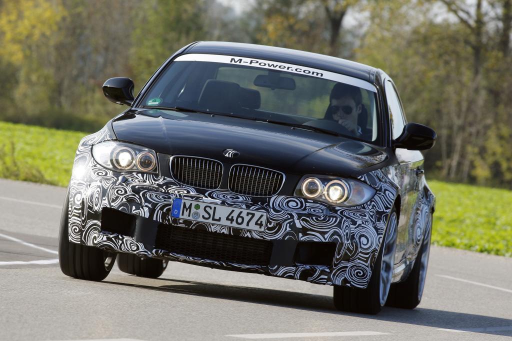 Breitbeinig und stark kommt das BMW 1er M Coupé daher