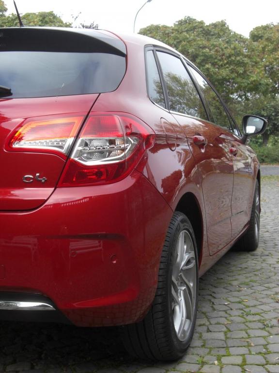 Citroën C4 startet unter 16.000 Euro - Französische Kampfansage an VW Golf und Co.